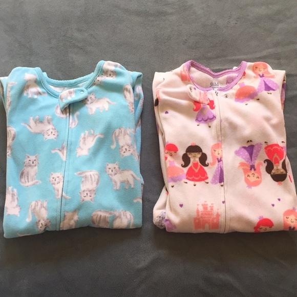 ede50b326 Carter's Pajamas | Bundle Of 2 Carters 5t Fleece Sleep Suit Jumpsuit ...